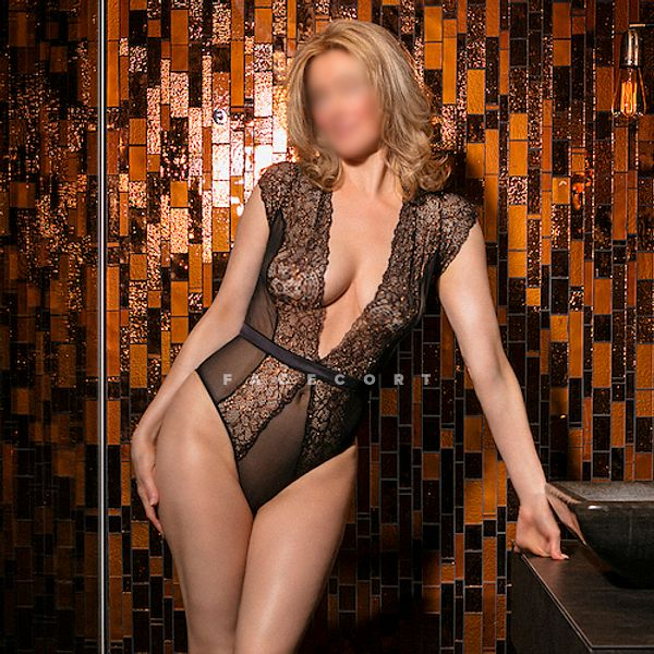 Ava gives top GFE service in Rotterdam
