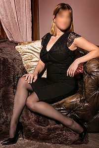 Looking for Dutch escort in Rotterdam? Then 21 year old Nina is your girl