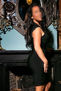 Valerie has lovely DD cup breasts and works as a Rotterdam Escort