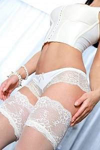 Spanish escort Abby is a top call girl in Rotterdam