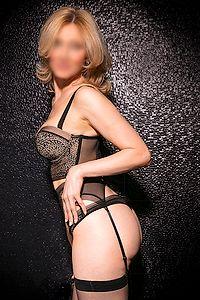 Blonde haired Ava provides Dutch Domination escort service in Rotterdam